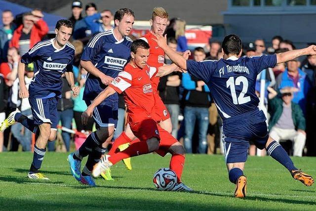 SC Freiburg vs. Tennenbronn – 14:0 zum 100. Geburtstag