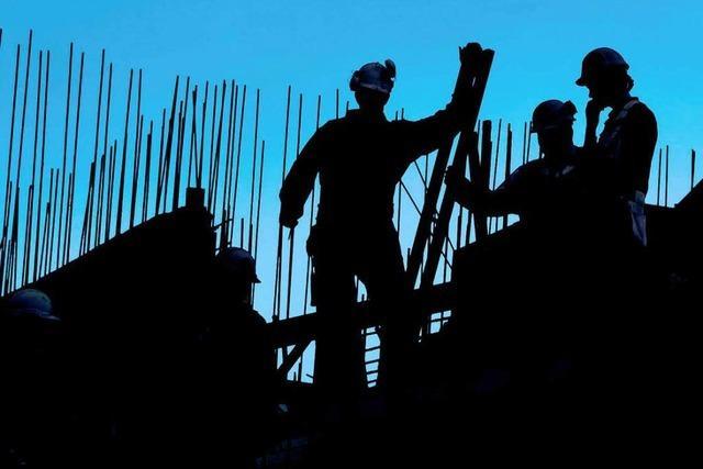 Schwarzarbeit: Vorsicht bei entlohnter Nachbarschaftshilfe