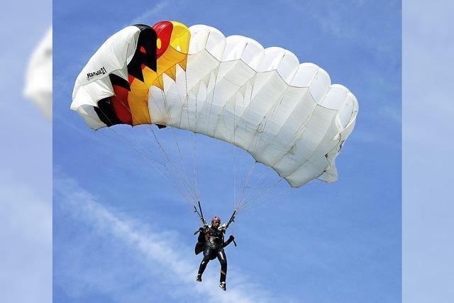 Sprünge mit dem Fallschirm