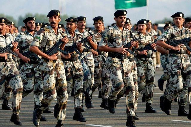 Saudische Soldaten an der Grenze zu Irak