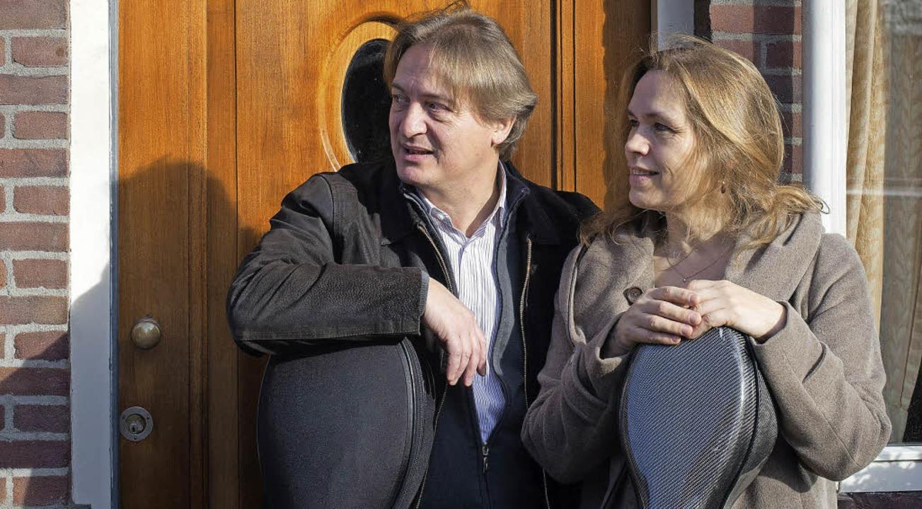 Heimatbesuch mit  Konzert: Gregor Horsch und Ehefrau Pascale Went.  | Foto: Privat