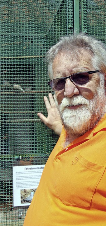 Paul Grüninger ist seit sechs Jahren e...blingen, den Friedenstäuble, zu sehen.  | Foto: Eva Korinth