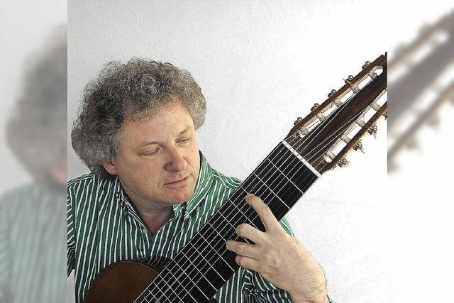 Gitarrist Urs Güntensperger spielt Werke von Bach