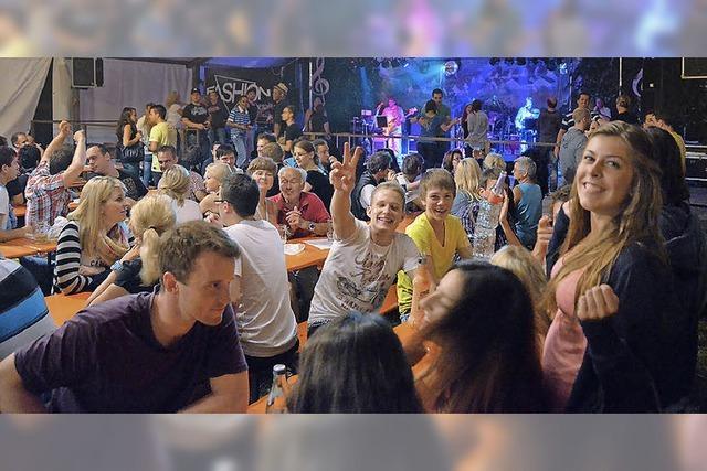 Musik- und Ballzauber auf dem Festplatz