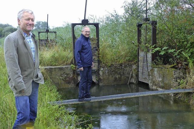 Vorarbeiten für die Wiesenwässerung