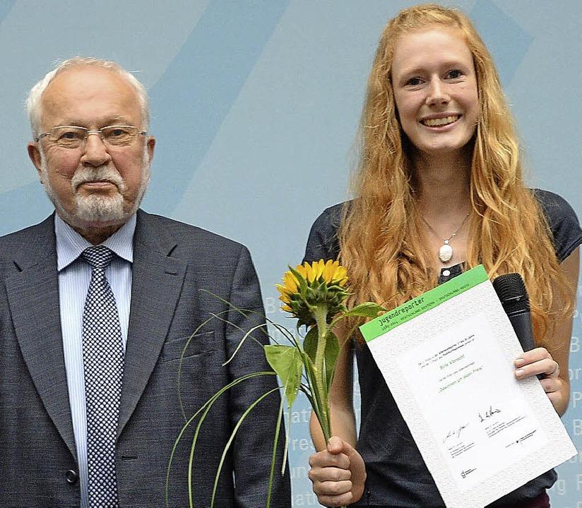 Lothar de Maizière, letzter DDR-Minist...nt, hat Birte Albrecht ausgezeichnet.   | Foto: privat