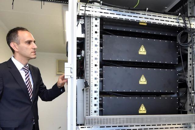KIT nimmt größten Solar-Speicher-Park in Betrieb