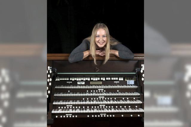 Maria Mokhova an der Orgel
