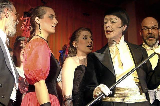 Operetten-Genuss im Textilmuseum