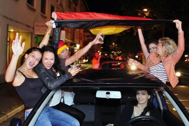 Sübaden feiert WM-Titel – Verletzte bei Autokorsos und durch Bengalos