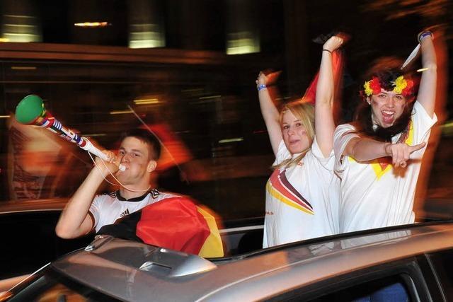 Die Freiburger Innenstadt wird im WM-Jubel zur wilden Partyzone