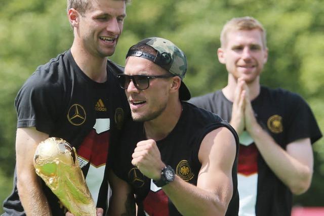 Fans feiern die Weltmeister in Berlin