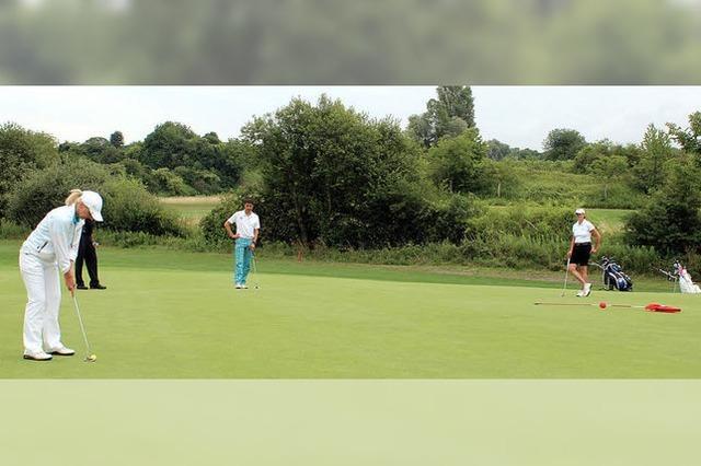 100 Golfer beim Benefizturnier