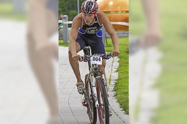 Triathlon-Radler kamen auch nach Rothaus