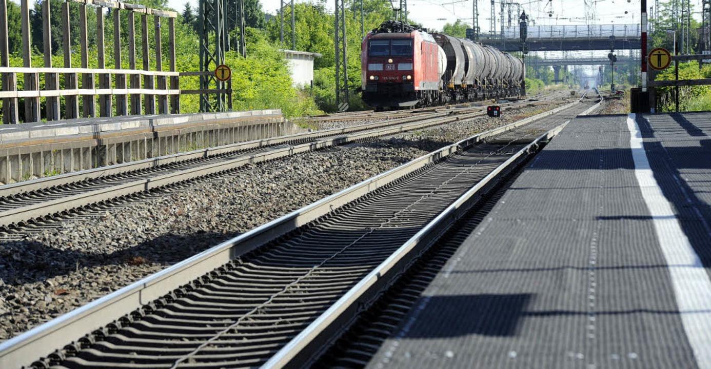 Güterzüge oben oder unten, für Müllhei...en  ist das eine sehr wichtige Frage.   | Foto: Volker Münch