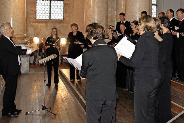 Homogener Chor und hervorragendes Orgelspiel