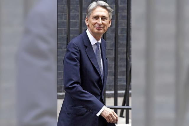 Cameron wechselt europafreundliche Minister aus