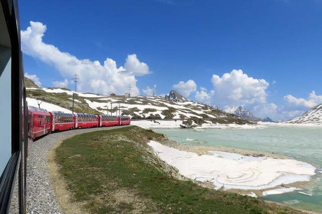 Mit dem Bernina-Express durch die Schweiz
