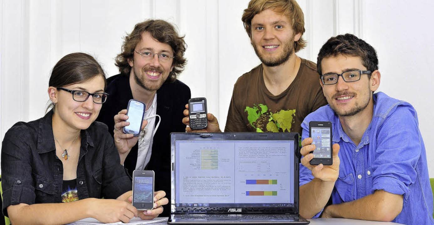 Wie süchtig sind wir nach Smartphones?...nn Vogel, Max Mylo und Felix Klingele   | Foto: Thomas Kunz