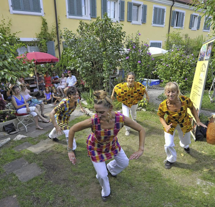 "Die ""Lokomotion Rhythm & Dan...r Hofmusik waren elf Gärten beteiligt.  | Foto: Michael Bamberger"