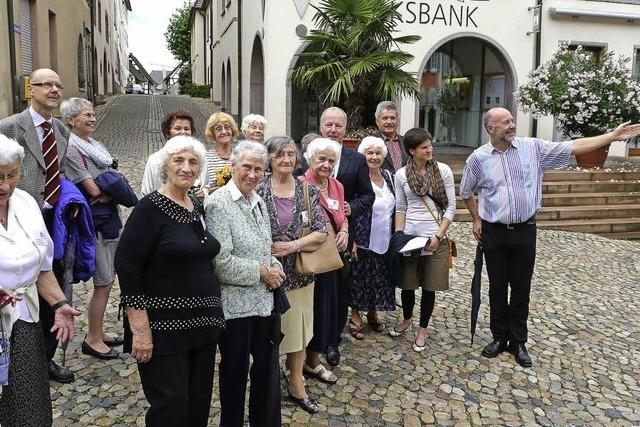 Gesten der Versöhnung: Holocaust-Überlebende aus Polen zu Besuch in Endingen