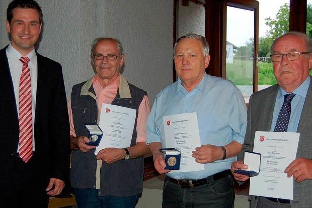 Drei Ehrenmedaillen für Engagierte