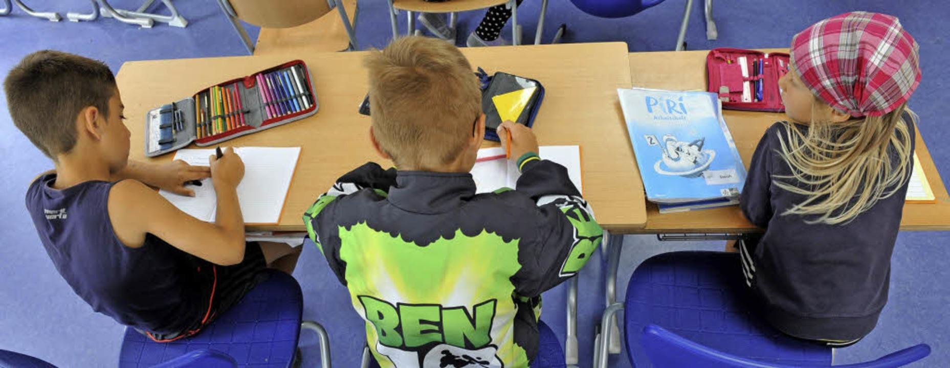 Die Hausaufgabenbetreuung ist ein wichtiger Baustein der Ganztagesbetreuung.     Foto: symbolbild: dpa