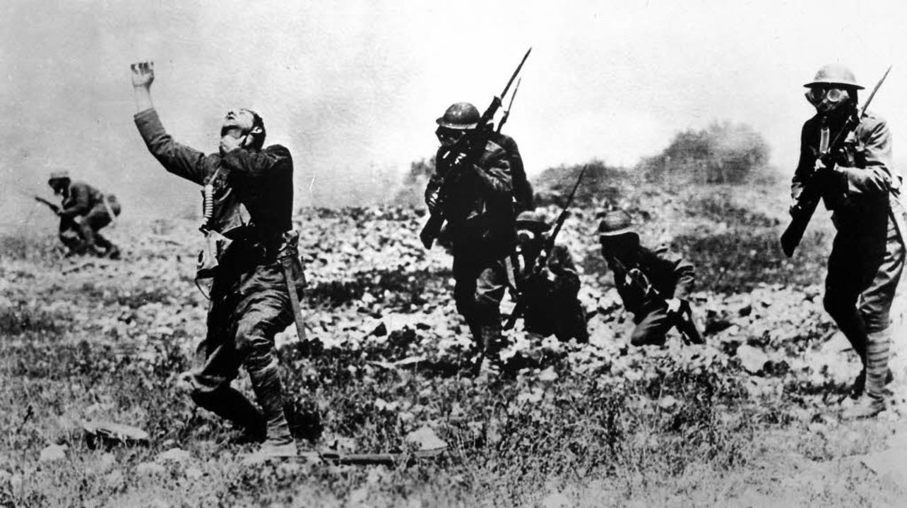 Vorbereitung auf den Gaskrieg: Bei ein...swirkung eines Angriffs mit Phosgen.    | Foto: national Archives and Records Administration (dpa)/Wikipedia