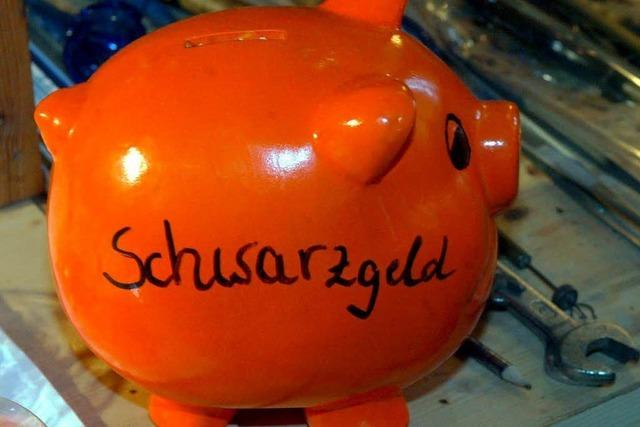 2,7 Millionen Euro: Ex-Schulleiter gesteht Steuerhinterziehung