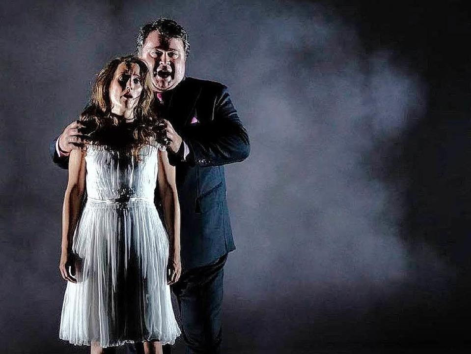 Ilse Eerens (Marianne) und Jörg Schneider (Oskar)     Foto: Festspiele