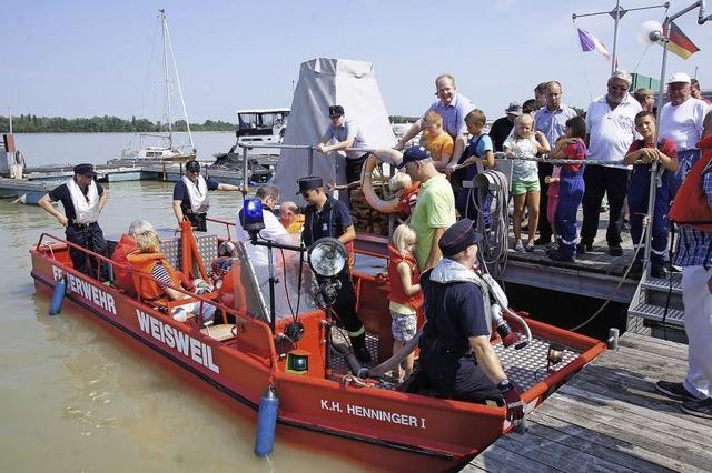 Zwei Boote für die Wehren