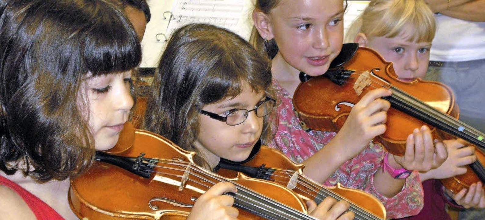 Früh übt sich: Die Musikschule hat für...- und Entwicklungsstufen ein Angebot.   | Foto: Archivfoto: Senf