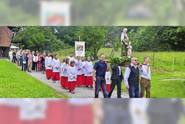 Mit Gottesdienst, Prozession und viel Musik