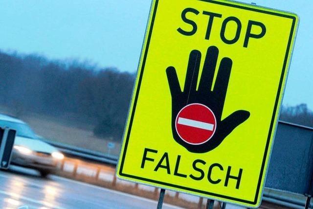 Geisterfahrer rammt Auto - Geschwister aus Wehr tot