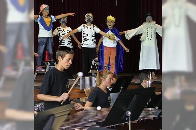 Grundschüler bieten bei Musical