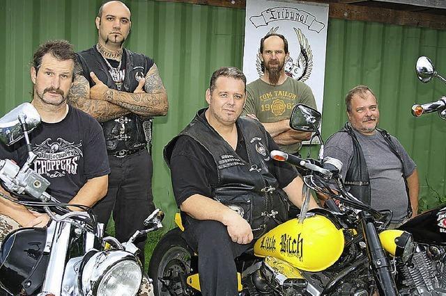 Wollbach ist Magnet für Biker und Fans