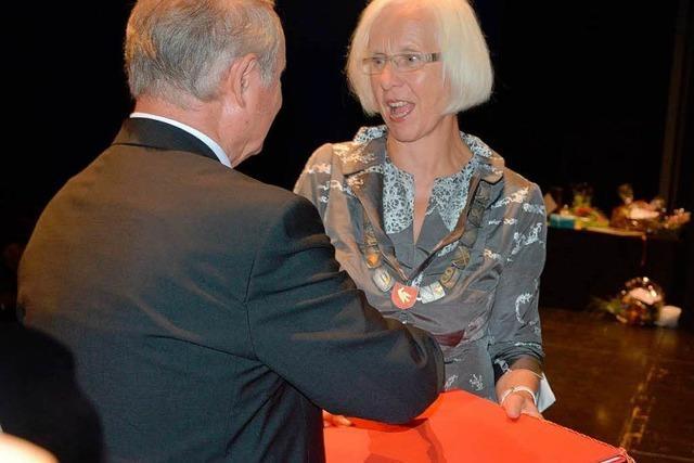 Heute-Bluhm erhält Ehrenbürgerschaft zum Abschied