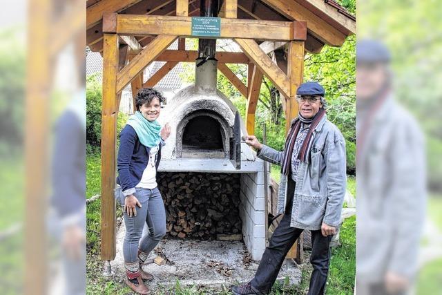 Holzbackofen fürs Bildungs-Eldorado