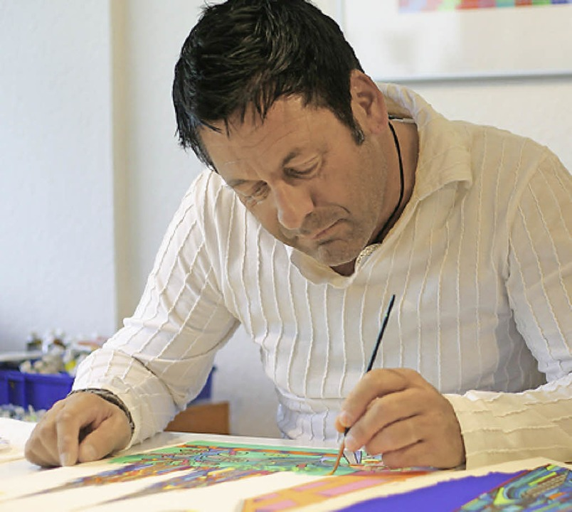 Den Künstler Romain Burgy kann man im Rahmend es Kunstsommers kennenlernen.  | Foto: Privat