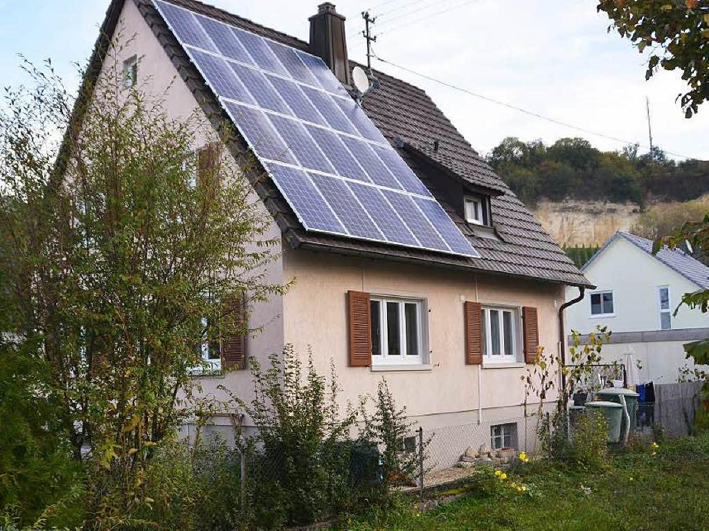 rechnet sich die investition in eine solaranlage noch wirtschaft badische zeitung. Black Bedroom Furniture Sets. Home Design Ideas