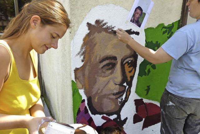 ... der Wandmalerin Bianca Nandzik: Gegen die Wand