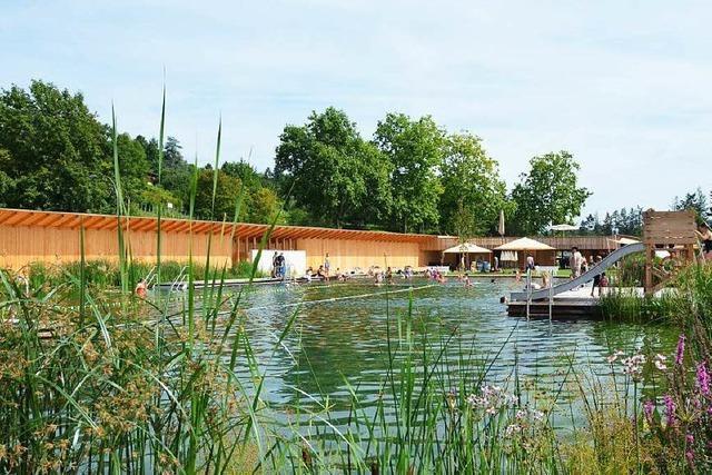 Neues Naturbad in Riehen zieht viele Besucher aus Weil und Lörrach an