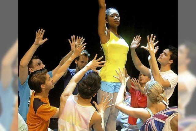 Intensive Proben fordern Tänzerinnen und Tänzer