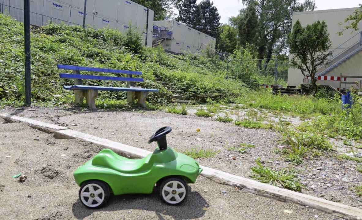 Die Wohncontainer in Herdern stehen zu...den sie am Dietenbachpark aufgestellt.  | Foto: R.Eggstein