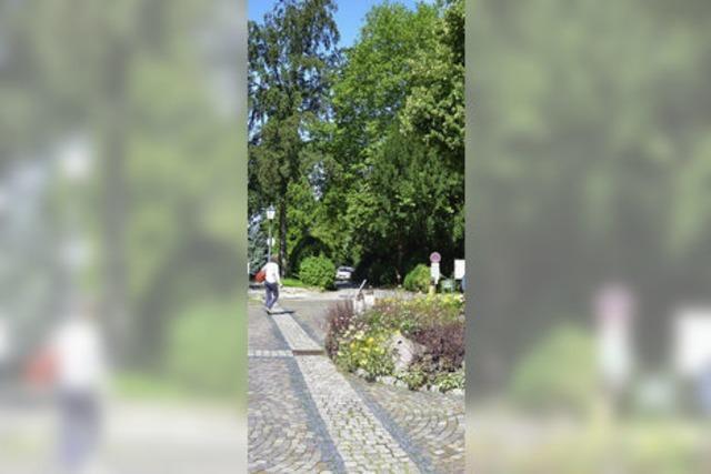Schlossplatz wird für die Zufahrt zur Tourist-Info im Kurhaus geöffnet