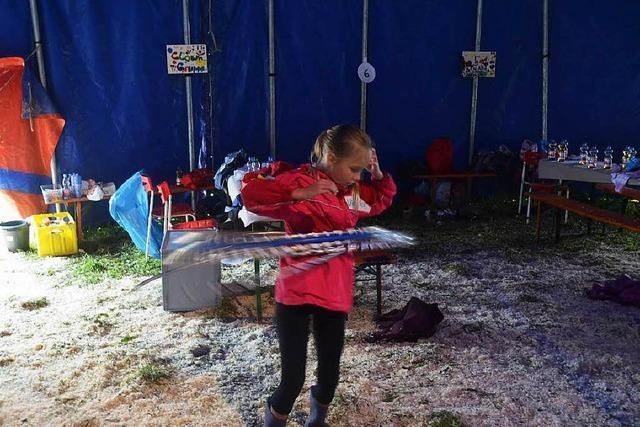 Kinder tauchen mit Feuereifer in die Zirkuswelt ein