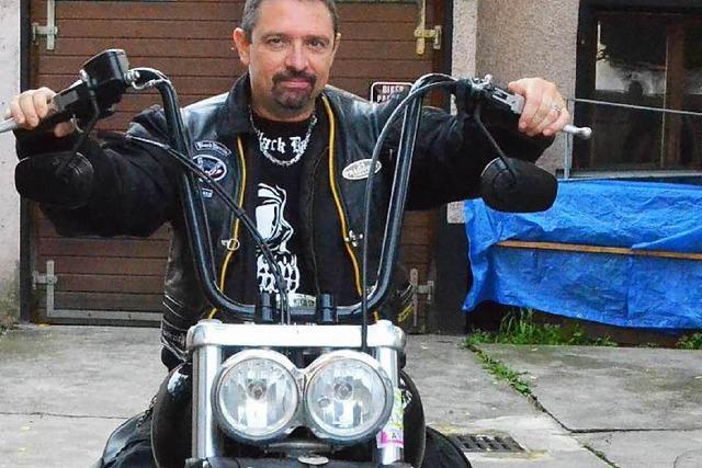 Motorradclub gibt sich bürgernah und macht beim Straßenfest mit