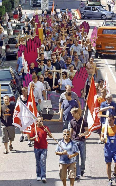 Der Protest der Belegschaft gegen die ...ingen   viele Arbeitsplätze verloren.     Foto:  BZ-archiv/wolfgang künstle
