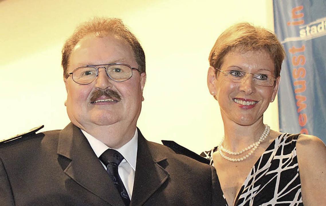 Bernd Schwöble wurde von Marion Dammann verabschiedet.     Foto: ZVG