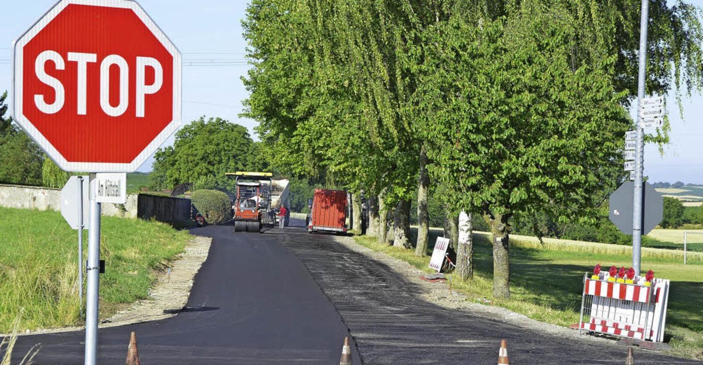 Zu schnell gefahren wird, seit die Str...ßenbauarbeiten im Juli dieses Jahres.     Foto: Markus Maier